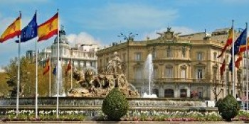 http://www.hotelscombined.com/City/Madrid.htm?a_aid=77682&brandId=204073